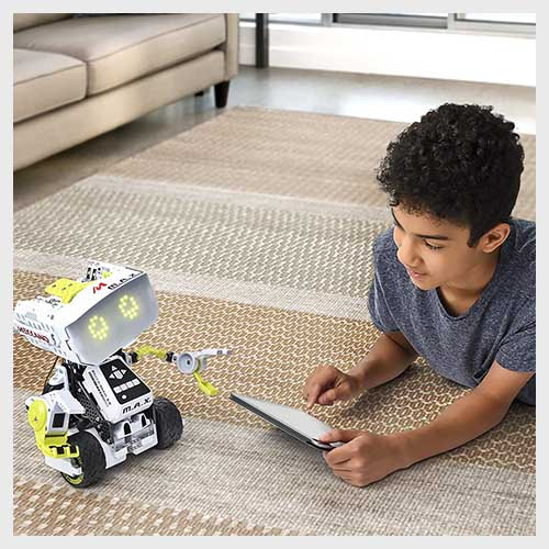 Meccano M.A.X Review: One of the Best Interactive Robot Toy